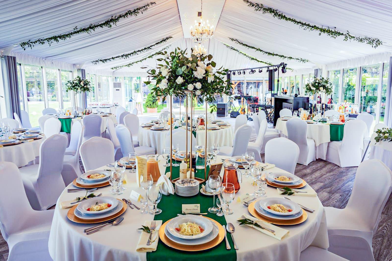 sala weselna wSzczyrku