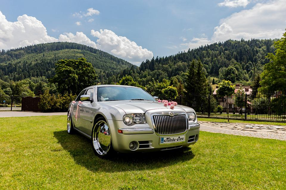 auto doślubu Chrysler 300C