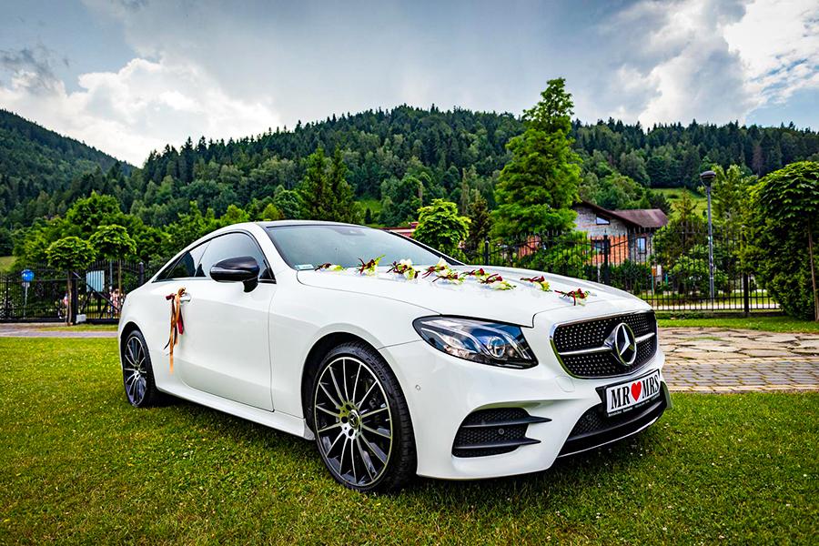 samochód doślubu Mercedes E Coupe