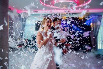 Jak wybrać fotografa ślubnego na przyjęcie weselne w górach?