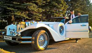 Wybór samochodu w tym wyjątkowym dniu... | Wesele Szczyrk | Hotel Alpin